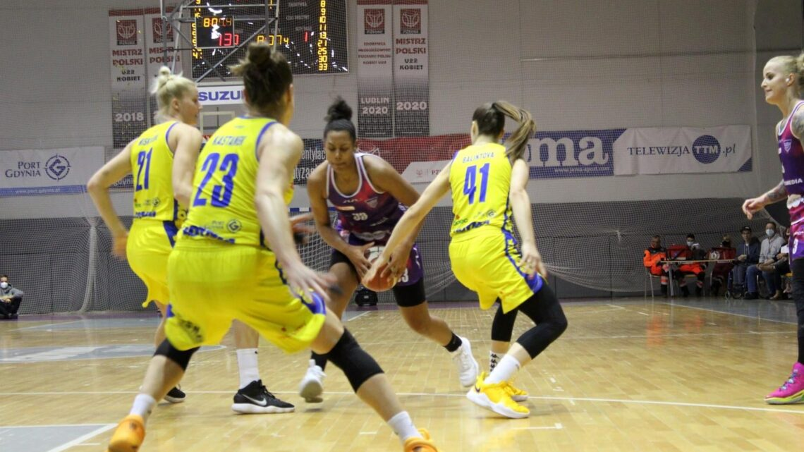 Dzisiaj pierwszy dzień Suzuki Pucharu Polski Kobiet w Koszykówce